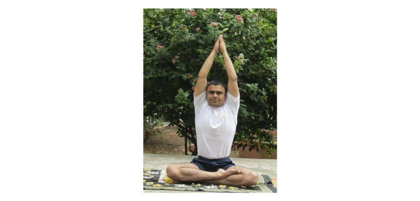 Yoga – Parvatasana